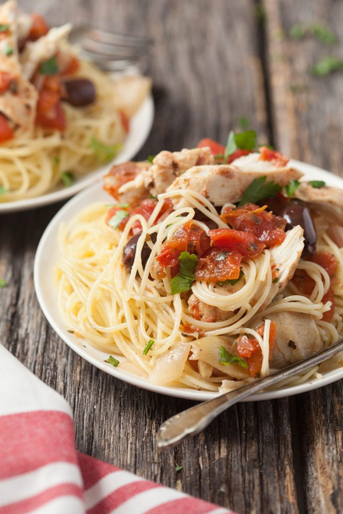 This slow cooker Mediterranean chicken is low fat and super easy! You need to try this delicious chicken. You can keep out the pasta if you are trying to reduce your carb intake.