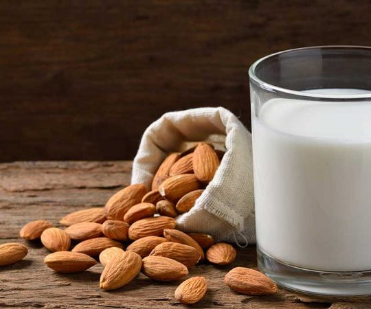 Benefits of Almond Milk